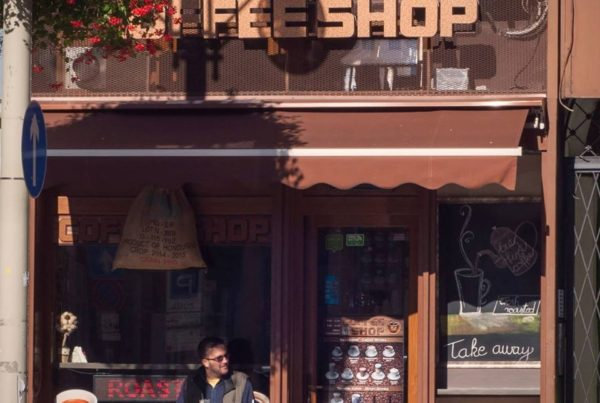 coffee shop 64